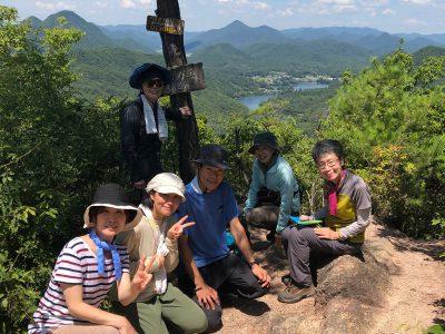 大岩ヶ岳と丸山湿原(サギソウ)